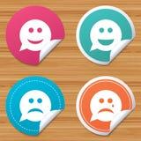 Icônes de visage de sourire de bulle de la parole Heureux, triste, cri illustration de vecteur
