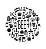 Icônes noires de bière et des casse-croûte Photographie stock libre de droits