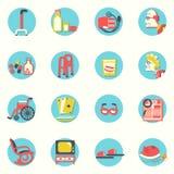 Icônes plates Les personnes âgées et objets pendant la vie Images stock