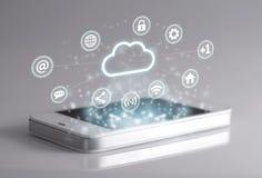 Icônes sociales de media avec le smartphone Image libre de droits