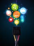 Icônes sociales de media sortant du câble électrique Images stock