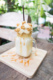 Ice blend caramel coffee Royalty Free Stock Photos