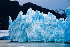 Ice Burg Floating on Water during Daytime Stock Photo