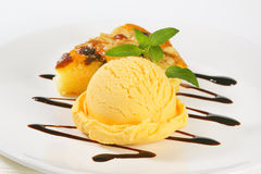 Ice cream and nut cake Stock Photography