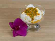 Ice cream with passion fruit Royalty Free Stock Images