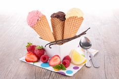 Ice cream scoop in cones Stock Photography