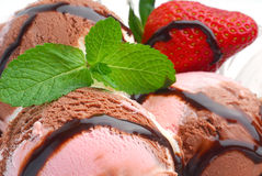 Ice cream with strawberry Royalty Free Stock Images