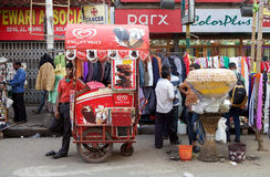 Ice cream and street food for sale near the New Market, Kolkata, India Stock Photos