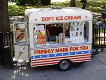 Ice cream van Royalty Free Stock Photos