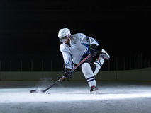 Free Ice Hockey Player In Action Royalty Free Stock Photos - 59532608