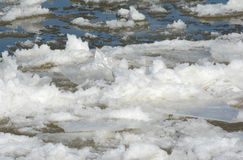 Ice Pack Accumulations On Upper Mississippi River Royalty Free Stock Photography