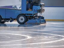 Ice resurfacer smoothing and polishing the surface of the Cismigiu ice rink