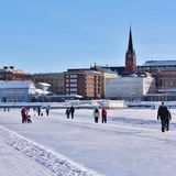 Luleås ice rink for recreation and cross-country skating. The ice rink goes from Northern Harbor around Gültzauudden to Södra Hamn and onwards to Grå stock photo