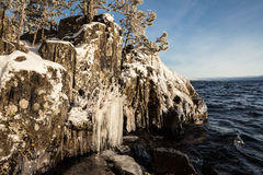Ice rock lakefront Royalty Free Stock Photos