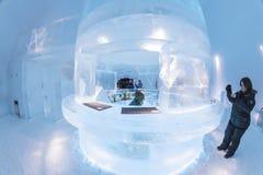 Icebar en Icehotel Foto de archivo libre de regalías