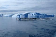 Iceberg, costa ovest della Groenlandia in estate. Immagini Stock Libere da Diritti