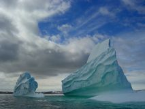 iceberg de continente antárctico Fotografia de Stock Royalty Free