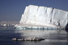 Iceberg de Continente antárctico - de mar de Weddell Foto de Stock Royalty Free