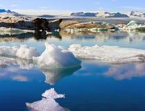 Iceberg de derretimento Imagens de Stock