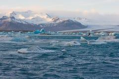 Iceberg de Jokulsarlon, Islândia foto de stock royalty free