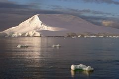 Iceberg de l'Antarctique Images stock
