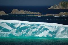 Iceberg de l'Atlantique nord photo stock