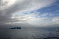 Iceberg di Jokulsarlon sul fiume Fotografie Stock