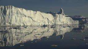 Iceberg e ghiacciai della Groenlandia stock footage