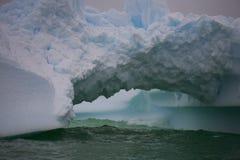 Iceberg em Continente antárctico. Foto de Stock