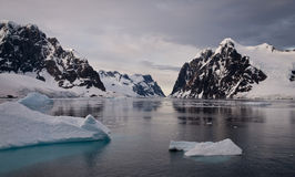 Iceberg en Antarctique Photos stock