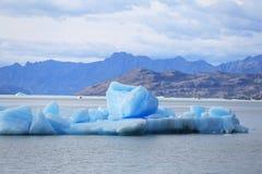 Iceberg en el glaciar de Upsala Fotos de archivo