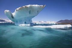 Iceberg en la laguna de Jokulsarlon, Islandia fotos de archivo