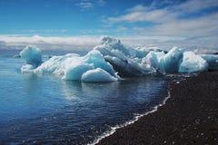 Iceberg encalhados Fotos de Stock Royalty Free