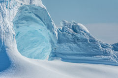 Iceberg encalhados na boca do Icefjord perto de Ilulissat, G Fotos de Stock