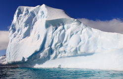 Iceberg enorme em Continente antárctico Imagem de Stock
