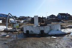 Iceberg enormi nella città di Ilulissat della Groenlandia Maggio 2016 Fotografia Stock