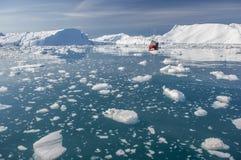 Iceberg gigantes da baía de Disko fotos de stock
