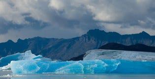Iceberg na água, a geleira Perito Moreno argentina Fotos de Stock Royalty Free