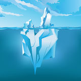 Iceberg sotto ed al disopra della superficie Illustrazione di vettore royalty illustrazione gratis