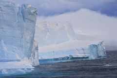 Iceberg Tabular Continente antárctico Foto de Stock Royalty Free