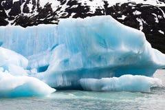 Icebergs Photos libres de droits