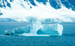 Icebergs along shoreline of Antarctica Royalty Free Stock Image