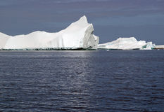 Icebergs antárticos Fotos de archivo