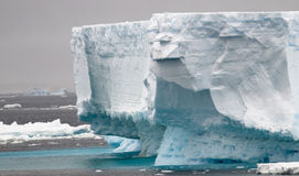 Icebergs antarctiques Images libres de droits
