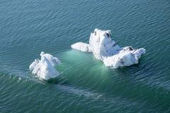 Icebergs de flottement #1 Image stock