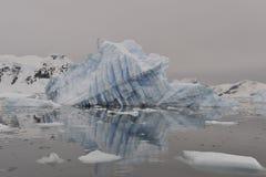Icebergs en Antarctique Photos stock