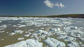 Icebergs en Islande banque de vidéos