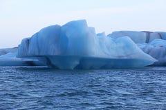 Icebergs en Islandia Imágenes de archivo libres de regalías
