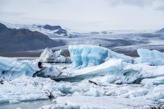 Icebergs en la laguna de Jokulsarlon islandia Imagen de archivo libre de regalías