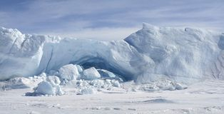 Icebergs sur l'Antarctique Photos stock